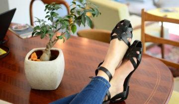 """Έρωτας με την πρώτη ματιά τα χειροποίητα, δερμάτινα παπούτσια της Γεωργίας Βλαχάκη και της """"Fabrica Fabrica"""" – madeingreece.news"""